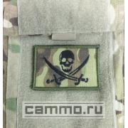 Нашивка с липучкой для униформы ACU Multicam. Пиратский флаг